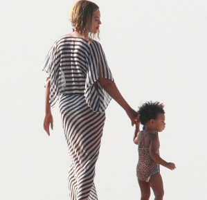 beyonce-blue-ivy-that-grape-juice-4