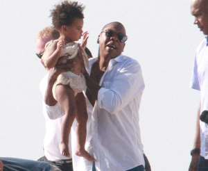 beyonce-jay-z-vacation-blue-ivy-that-grape-juice