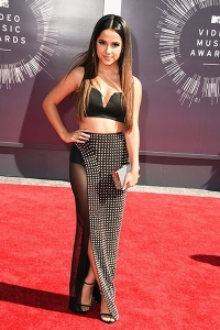 2014-mtv-vmas-becky-g-billboard-400