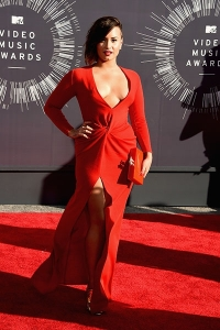 2014-mtv-vmas-demi-lovato-billboard-400