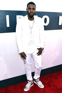 2014-mtv-vmas-jason-derulo-billboard-400