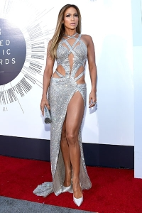 2014-mtv-vmas-jennifer-lopez-billboard-400