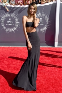 2014-mtv-vmas-jourdan-dunn-billboard-400