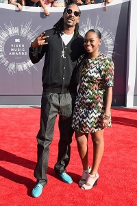 2014-mtv-vmas-snoop-dogg-billboard-400